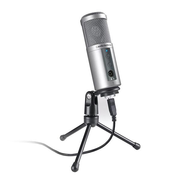 Micrófono de condensador Audio-Technica ATR2500 con conector USB y XLR perfecto para grabaciones de podcast