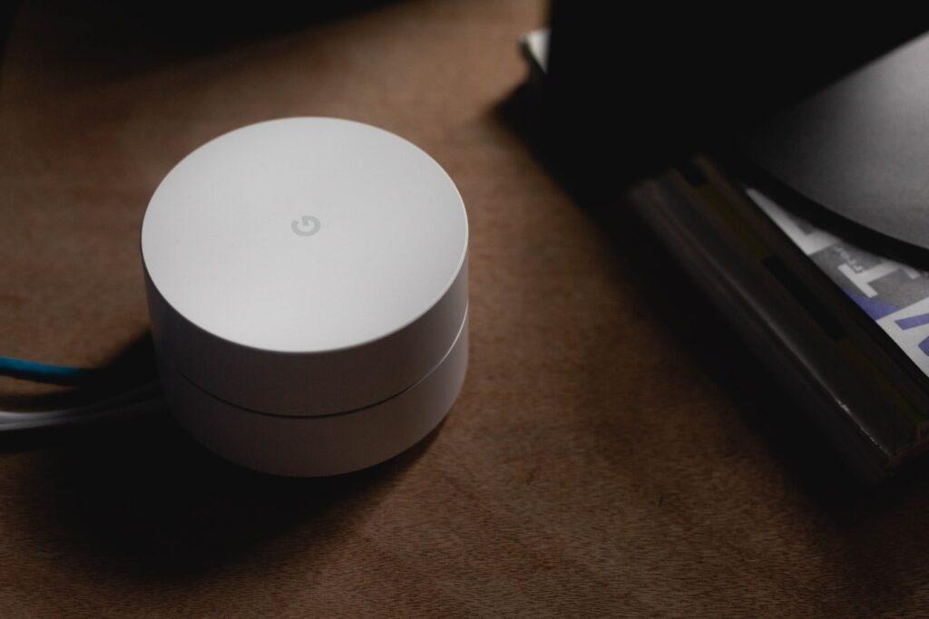 Router inteligente de Google para mejorar la conexión de los dispositivos del hogar.