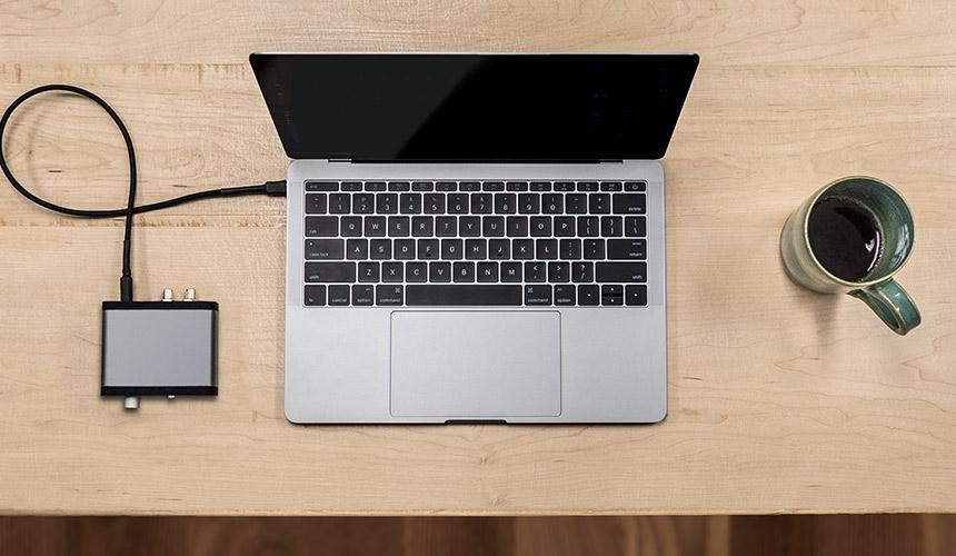 Audioengine D1 DAC y amplificador para nuestro escritorio