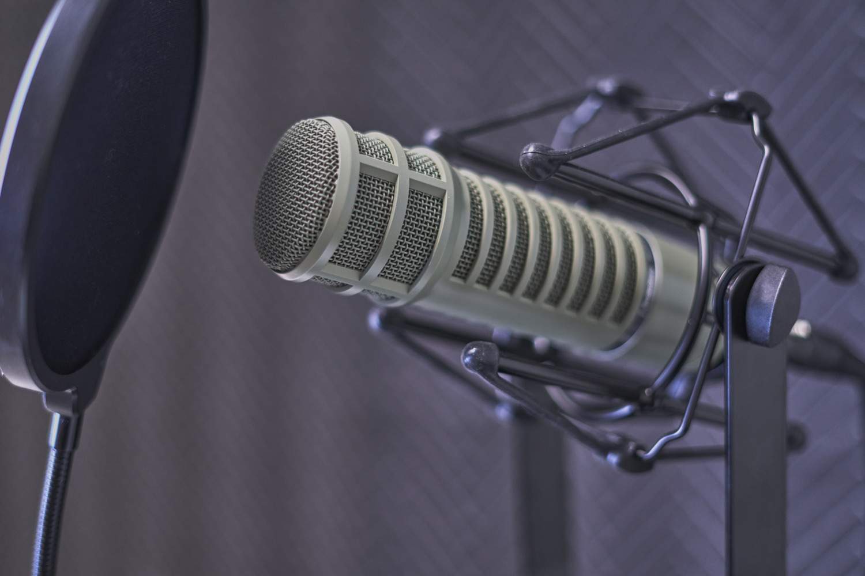 Análisis de los 10 mejores micrófonos para grabar podcast que puedas comprar online